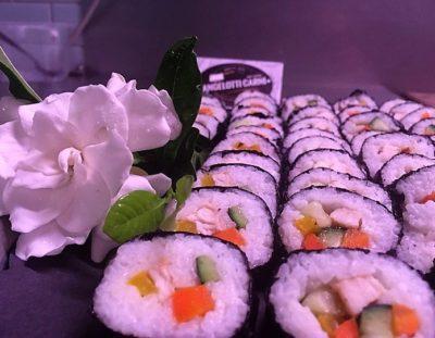 Prodotti tipici ed etnici: sushi coni verdure